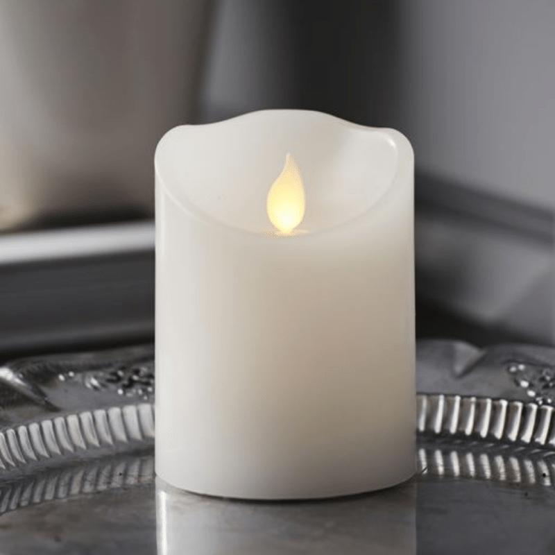 LED Kerze M-Twinkle - Echtwachs - mechanisch bewegte Flamme - Timer - H: 10cm - weiß
