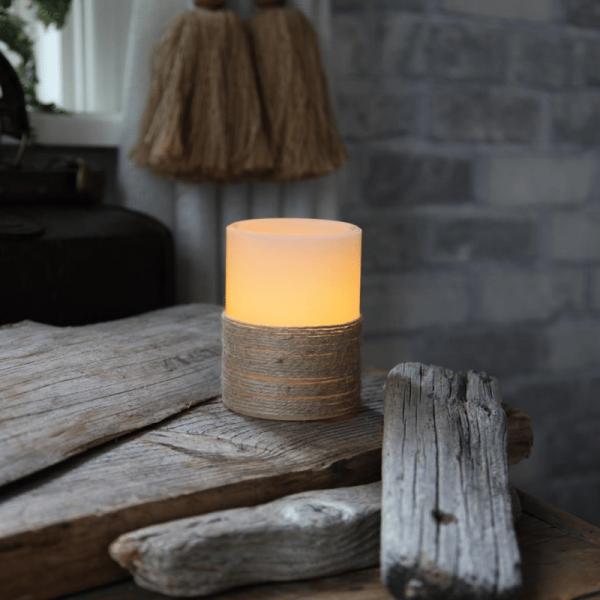 LED-Kerze | Echtwachs | Rope-Design | flackernde LED | Timer | Creme | →7,5cm | ↑10cm