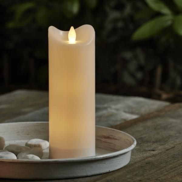 "LED Stumpenkerze ""Bianco"" - flackernde LED - H: 20cm - Batteriebetrieb - Timer - outdoor - weiß"