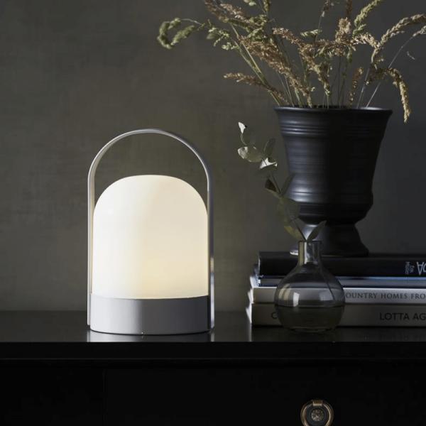 "LED Laterne ""Lette"" - warmweißes Licht - Batterie - Timer - H: 22cm, D: 14cm - indoor - weiß"