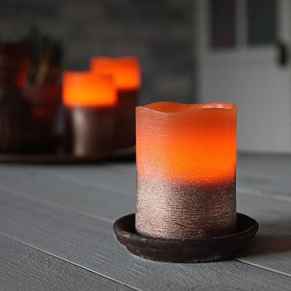 """LED Kerze """"Cooper"""" - Echtwachs - geschwungene Oberkante - flackernd - Timer- H: 10cm, D: 7,5cm"""