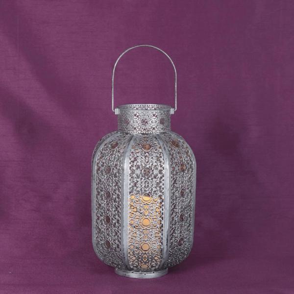 "LED Laterne ""Agadir"" - inkl. LED Kerze - flackernde LED - Batterie - Timer - H: 34cm - silber"